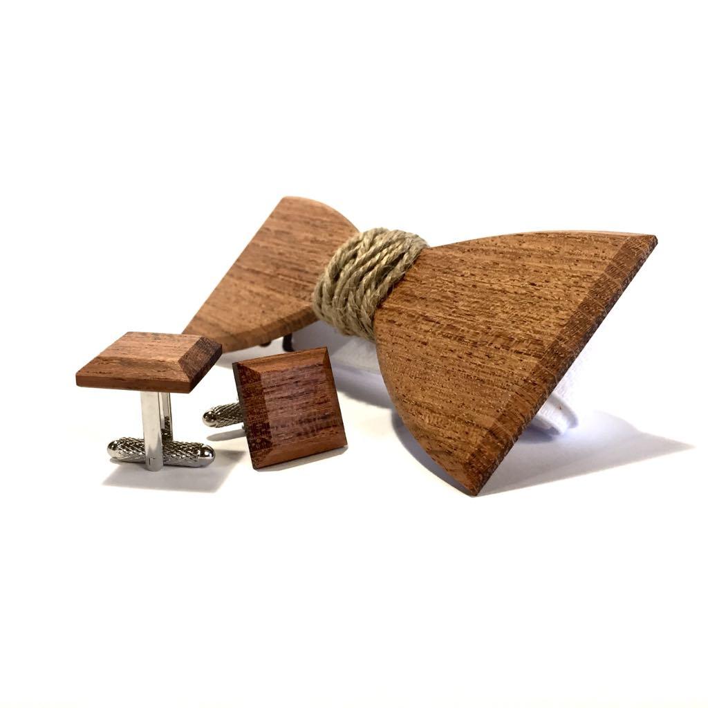Muszka z drewna z jutowym sznurkiem