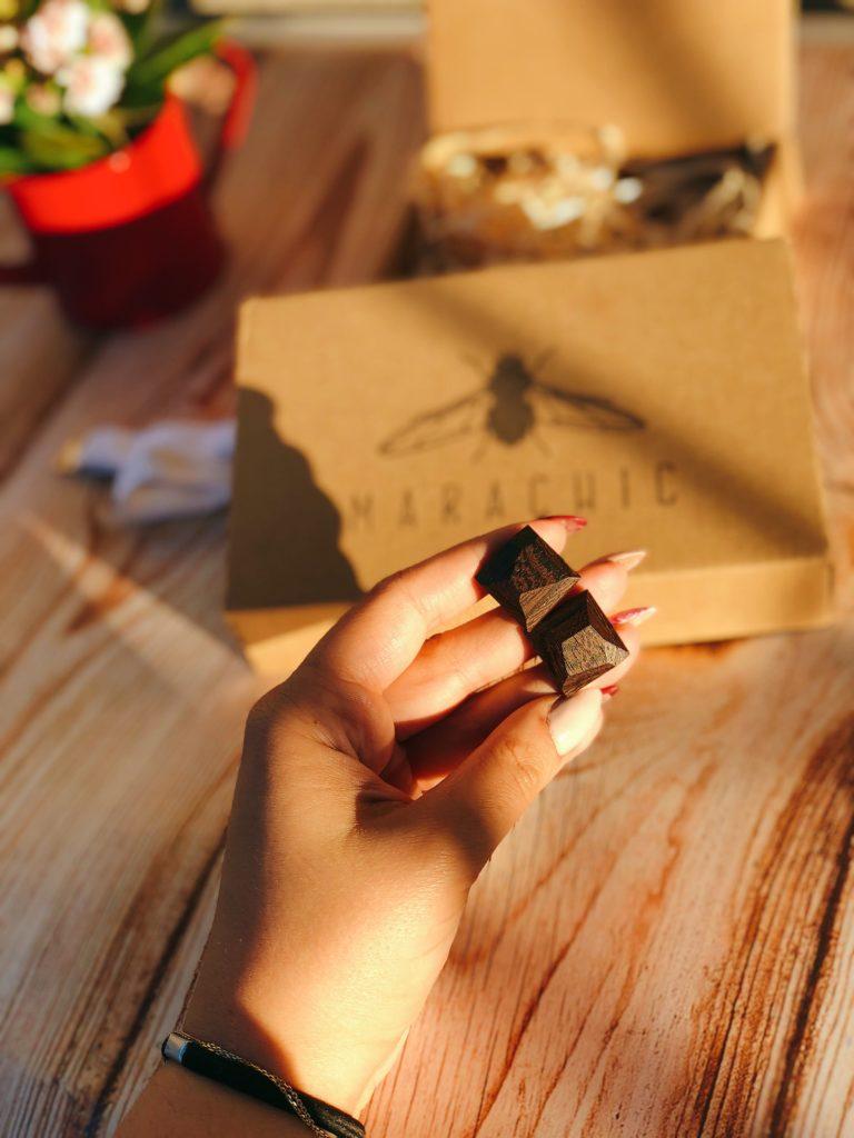 drewniane spinki do mankietów diamenty